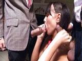 Zorrita colegiala haciendo un trio en directo
