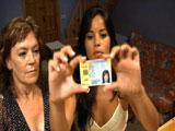 Madre e hija reales follandose al novio de la madre