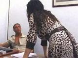 Mama en una entrevista de trabajo
